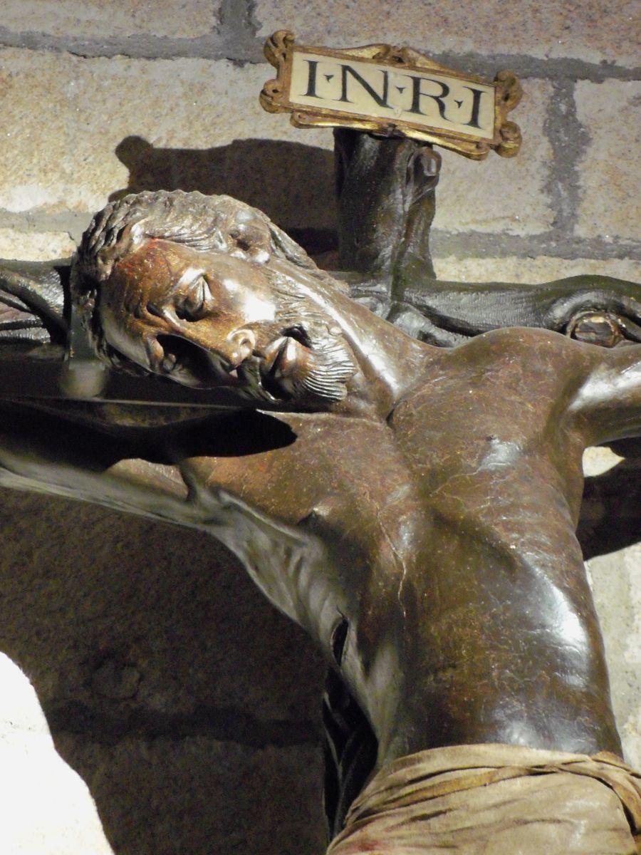 Resultado de imagen de LA HERMANDAD DEL CRISTO NEGRO DE CACERES