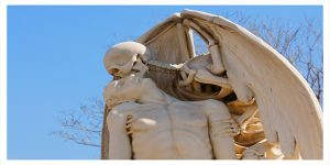 tumba el beso de la muerte