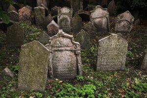 tumbas escalofriantes