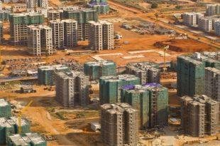 kilamba-huge-empty-house-district9